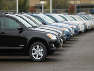 5 ways to buy a car without negotiating