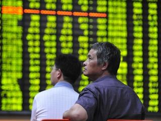 Stocks stage late turnaround