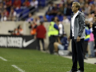 US loses to Costa Rica, Klinsmann questioned