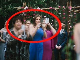 Photographer says cell phone pics ruin weddings