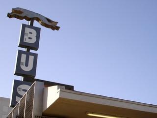 Greyhound bus crash kills 2 in San Jose, Calif.