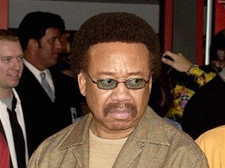 Founder of Earth, Wind & Fire dies