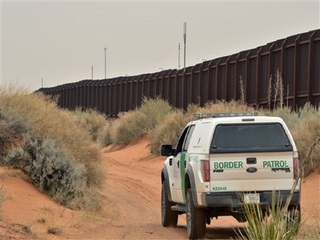AZ companies sign up for border wall project