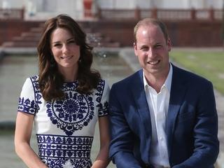 William, Kate recreate Princess Diana photo