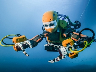 A robot mermaid is the new way to explore oceans