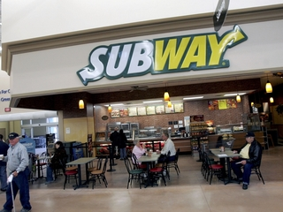 Subway struggles to keep up with competition