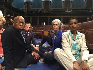 Dems stage House floor sit-in due to gun vote