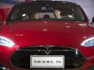 Tesla driver killed while using car's Autopilot