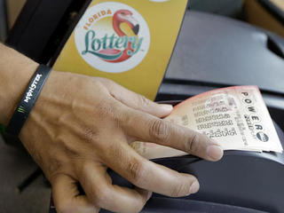 Powerball weekend jackpot climbs to $478M