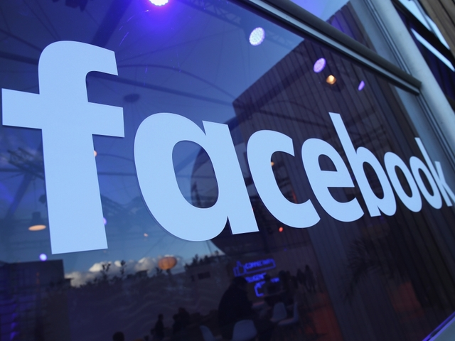 Facebook says it sold political ads to fake Russian Federation accounts