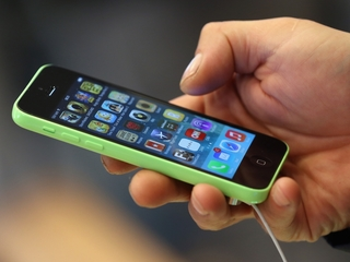 New technology to stop robocalls calls and texts