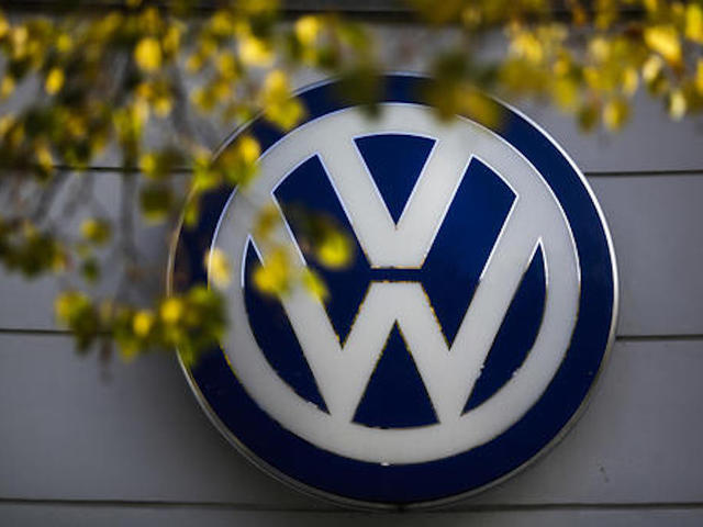 Volkswagen engineer pleads guilty in emissions scandal