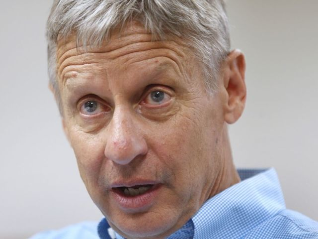 LIVE TODAY: Gary Johnson hits PHX for rally