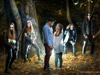 Couple takes engagement photos with metal band