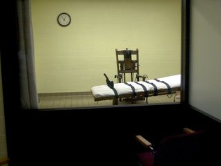 Judge: AZ doesn't have to reveal execution drug