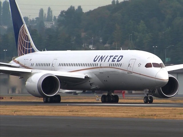 United will stop using cops to pull passengers from overbooked flights