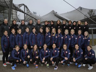 USA Hockey reaches deal with women's team