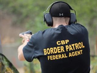 US border patrol is having trouble hiring agents