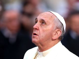 Pope Francis goes off-script at Easter Mass