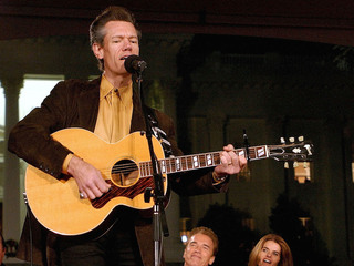 30 years ago: Randy Travis hits the charts