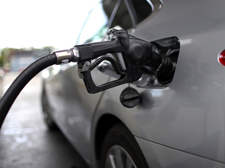 Where to find gas for under $2 in Valley