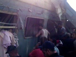 Dozens killed in deadly train crash in Egypt
