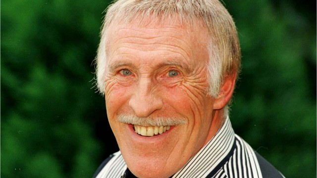 Sir Bruce Forsyth dies at age 89!