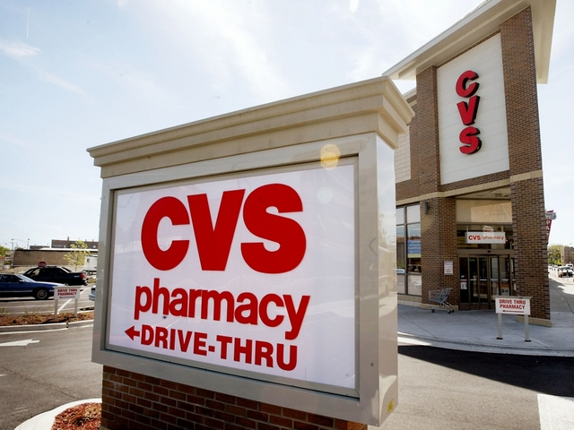 Florida Woman Gets Trapped Inside Cvs Trying To Buy Birthday Card