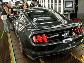 Ford cancels Mexico plant, expands Michigan plan