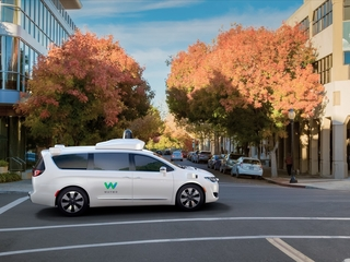 Waymo invites Phoenix to test self-driving cars