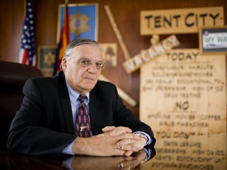 Arpaio hits speaking circuit after Trump pardon