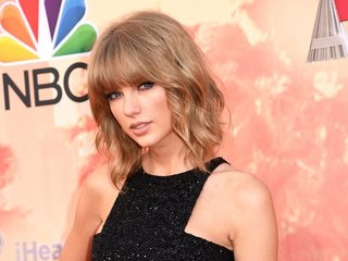 Swift plans to donate to sexual assault victims