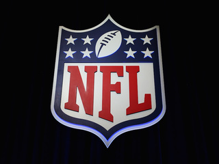 NFL ratings fell 10 percent in 2017