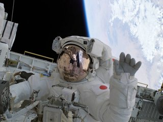 How space affects astronaut bodies and brains