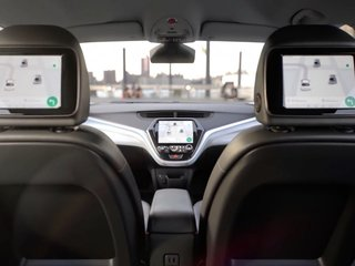 GM self-driving car lacks steering wheel, pedals