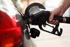 How to save on gas this holiday weekend