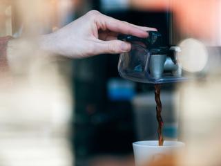 DEAL: Coffee Bean & Tea Leaf offer $1 drinks!