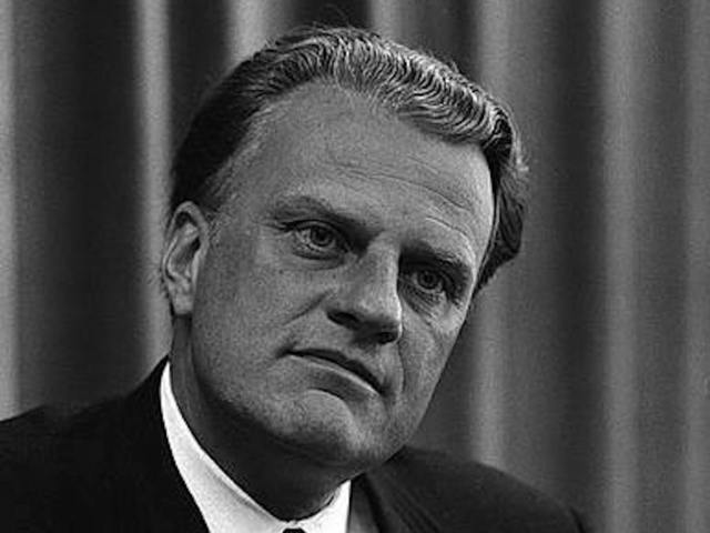 Billy Graham lies in honor at US Capitol