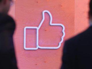 Facebook blocks far-right group Britain First