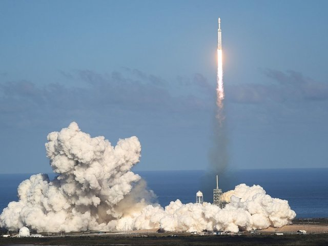 SpaceX in the clear over 'Zuma' spy satellite disaster, report suggests