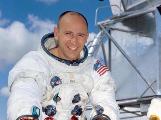 IMG ALAN BEAN, Astronaut