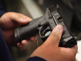 Teen girl kills man who was strangling mom