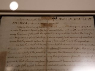 Facebook removes Declaration of Independence