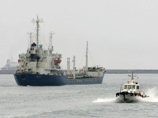 US says N. Korea has breached UN-imposed oil cap