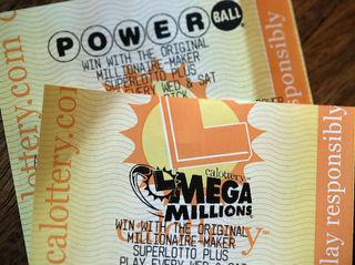 No Mega Millions winner, pot now $900 million